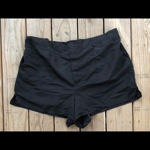Swimsuit for all Shorts Style bottom only!
